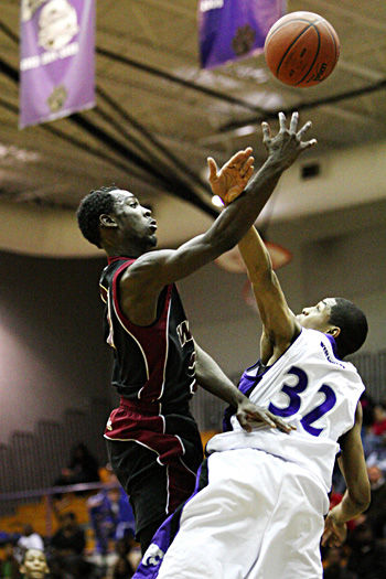 Wildcats eyeing Roundball title after beating Warriors