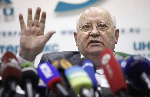 Gorbachev says Russia needs change
