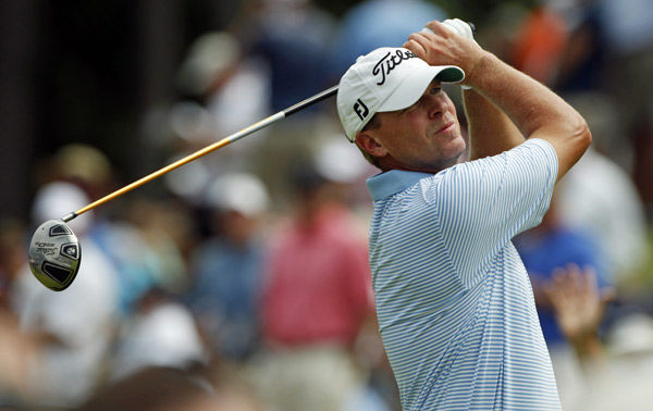 Stricker's 63 ties mark; Tiger falls flat with 77