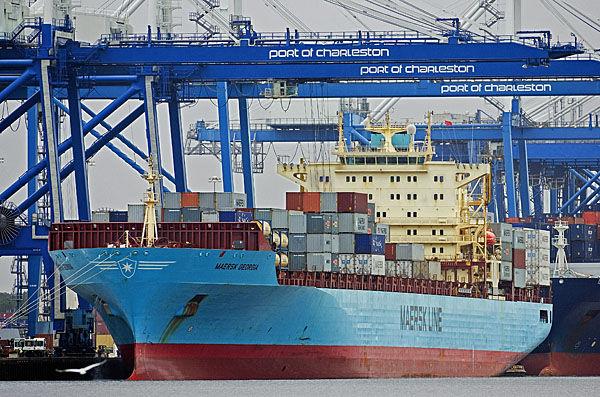 Port cargo rises; earnings fall short