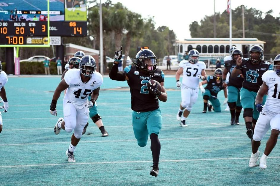 Coastal Carolina Moves Up To No 20 In Ap Poll No 21 In Coaches Poll Myrtle Beach Sports Postandcourier Com