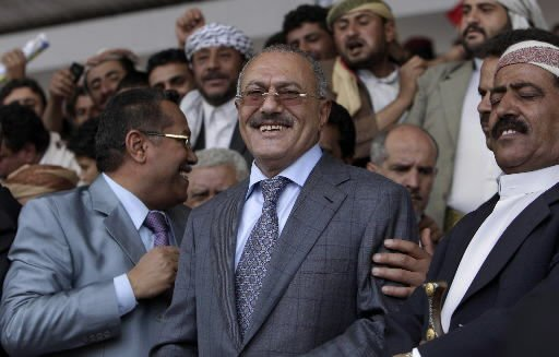 Yemeni leader rejects mediation; 1 dies in protest