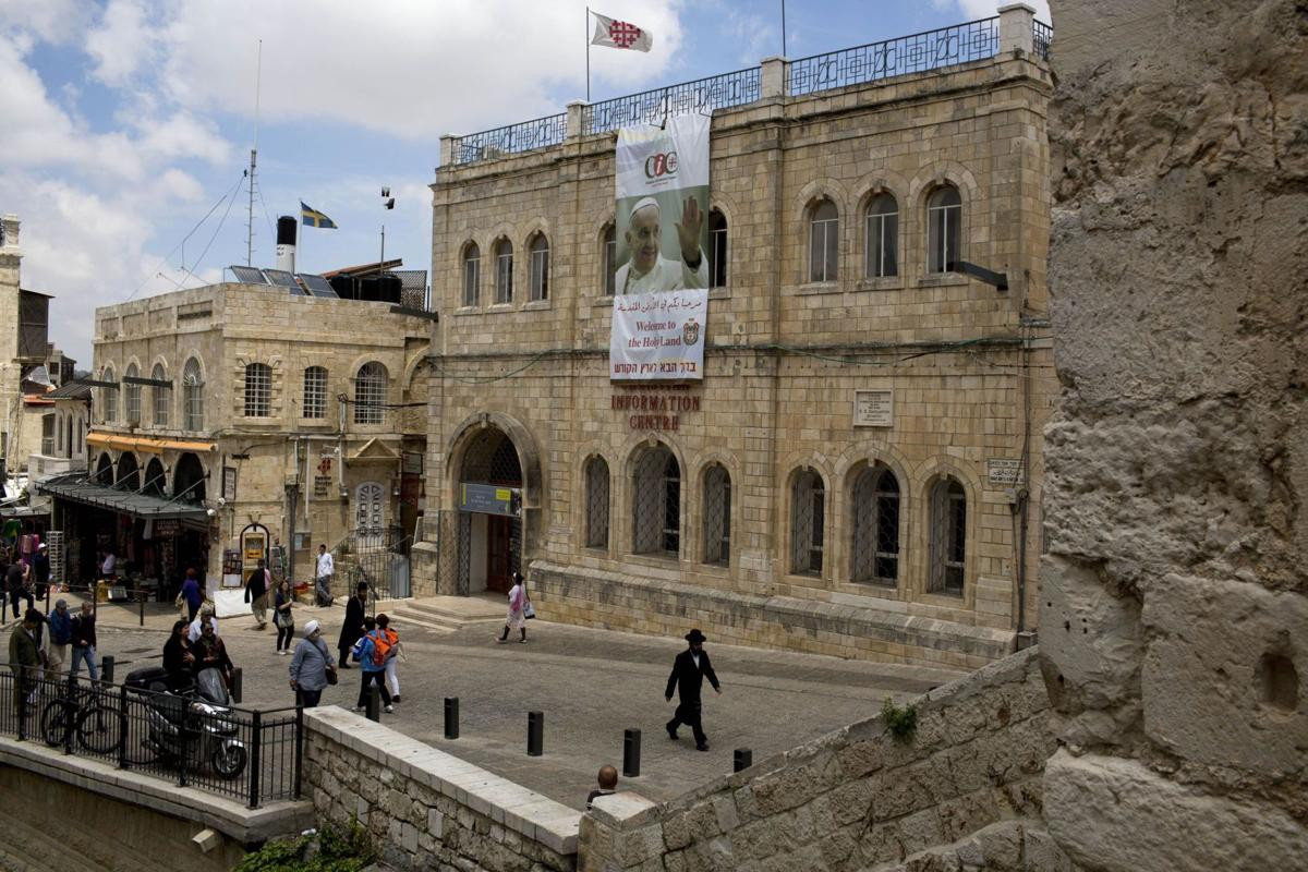 Jew, Muslim to join pope's delegation in Holy Land