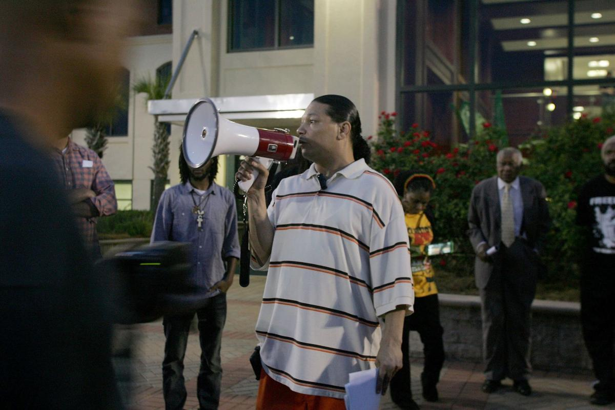 Civil-rights group announces complaint against Charleston, North Charleston