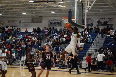 Isaiah Howell Dunk