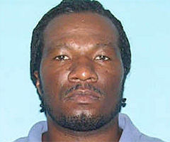 Suspect sought in shooting case