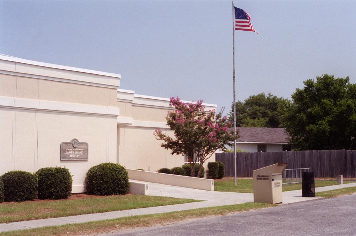 James Island district open to reducing price for library site