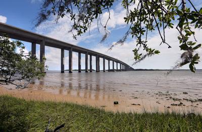 DI toward MP right 526 bridge over Wando River.jpg (copy)