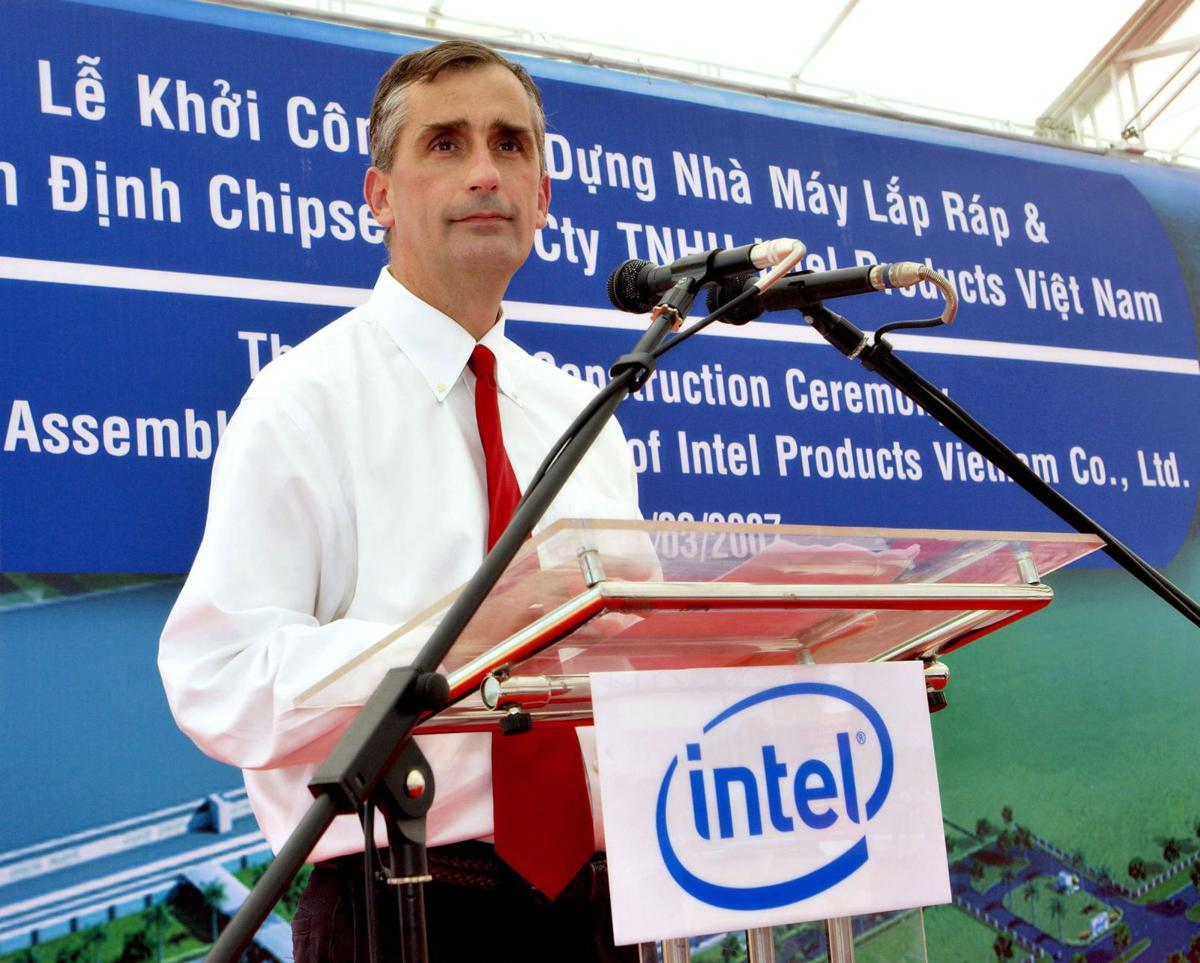Intel CEO issues diversity challenge