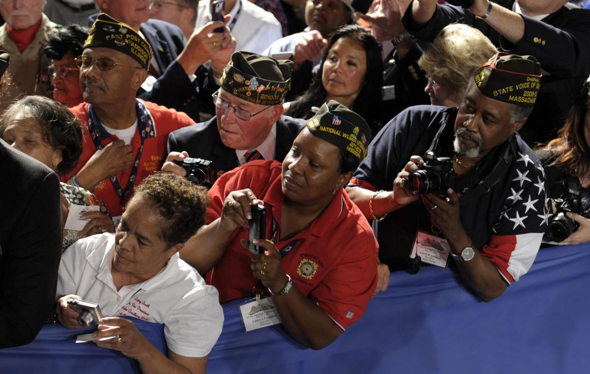Obama defends record to VFW