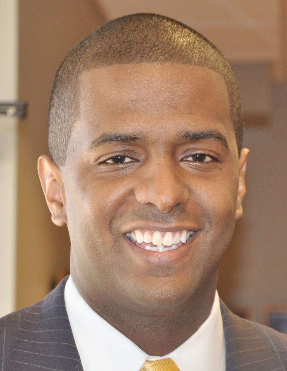 Former S.C. Rep. Bakari Sellers joins 'Ready for Hillary' council