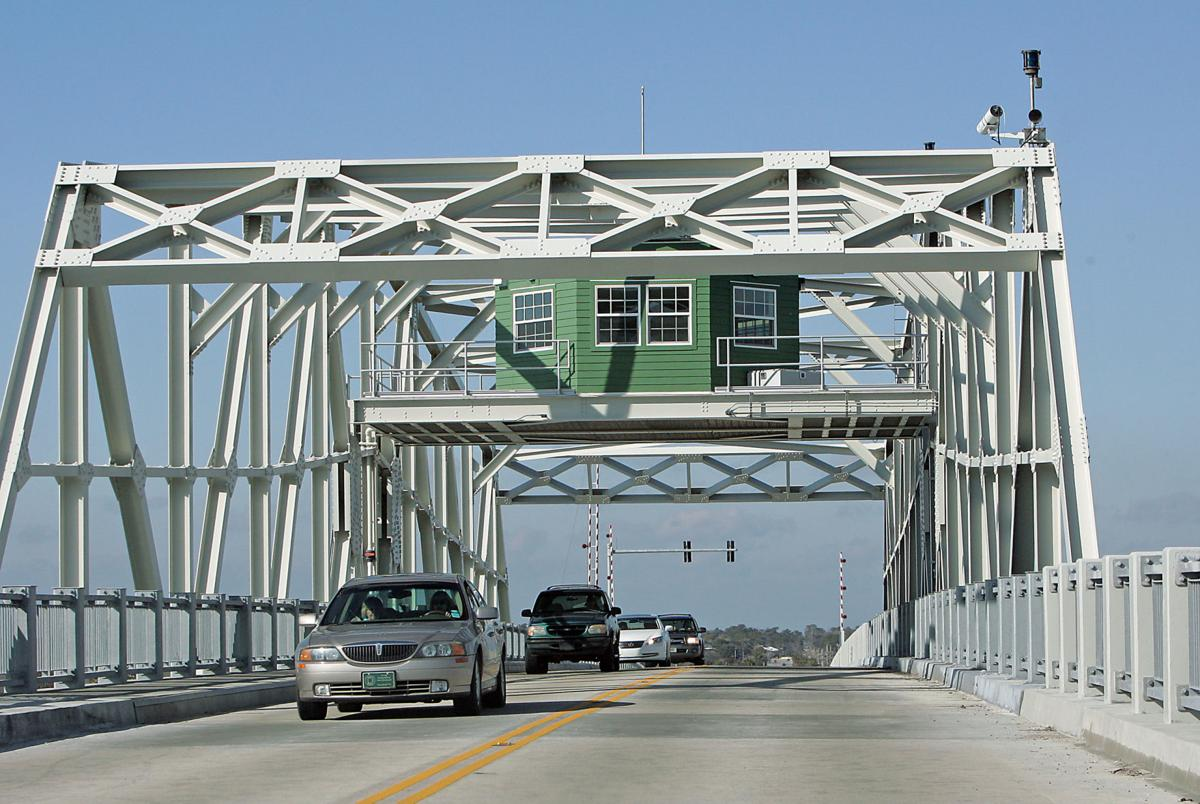 Ben Sawyer Bridge reopened; traffic delays continue