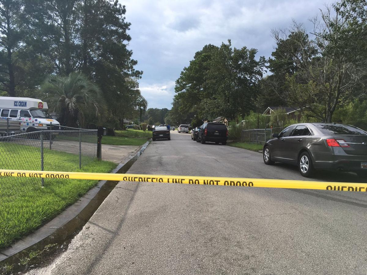 Dorchester County sheriff's deputy opens fire at wanted