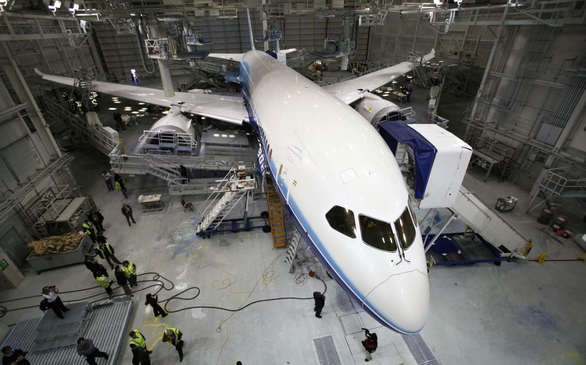 Painting Dreams New 787-worthy hangar will let planes get logos here instead of sending them away