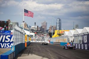 e Track -- Engines whirring, electric car racing comes to Brooklyn