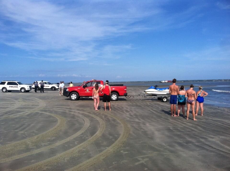 Coroner: One person dead after being pulled from water off Sullivan's Island