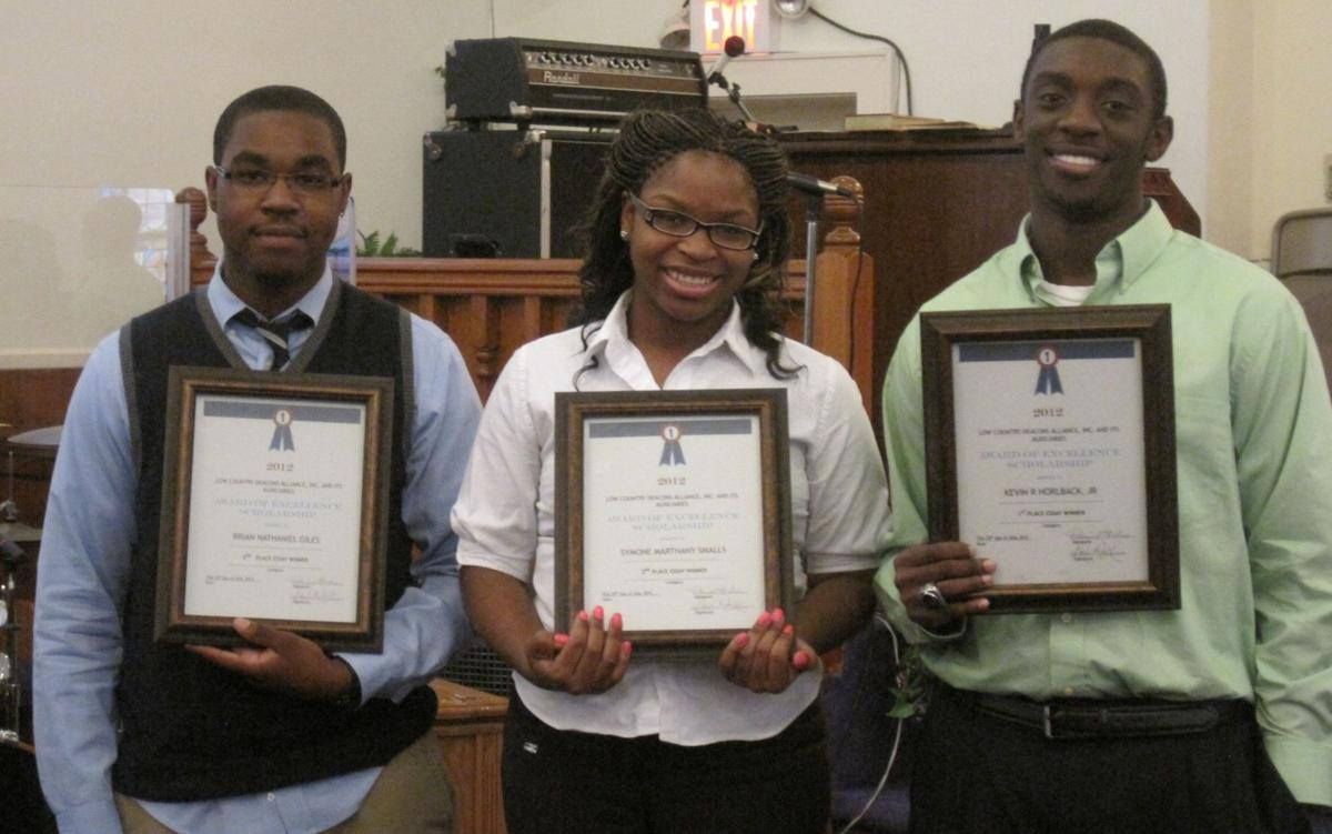 Low Country Deacons Alliance gives scholarships