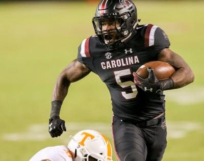 3e36fab93ca1 Rico Dowdle was South Carolina s top rusher against Tennessee but the  Gamecocks  running back roles are forever changing. Travis Bell Sideline  Carolina