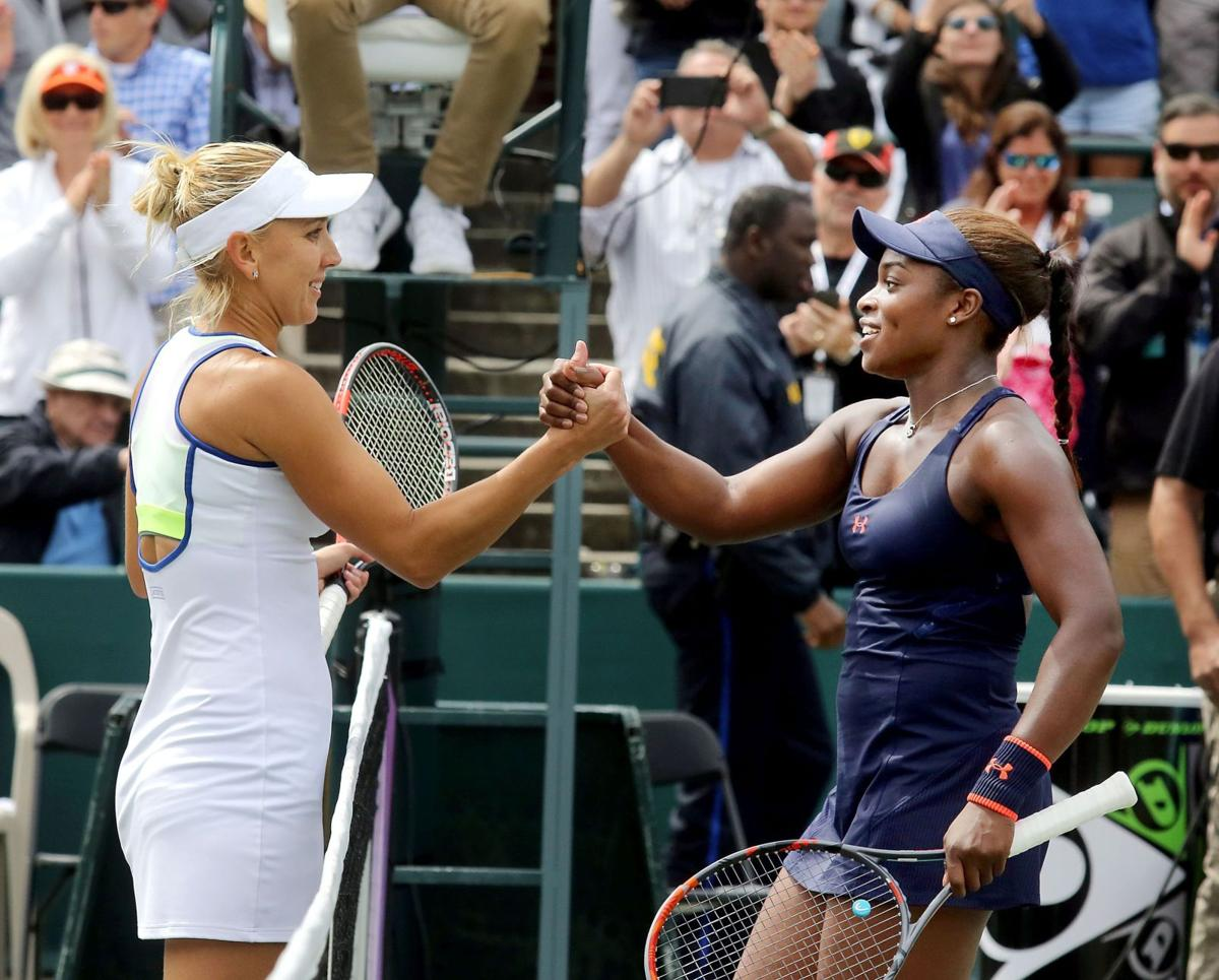 Vesnina's week qualifies as success at Volvo Car Open
