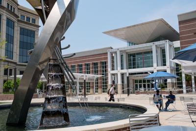 Boyd Plaza fountain.jpg (copy)