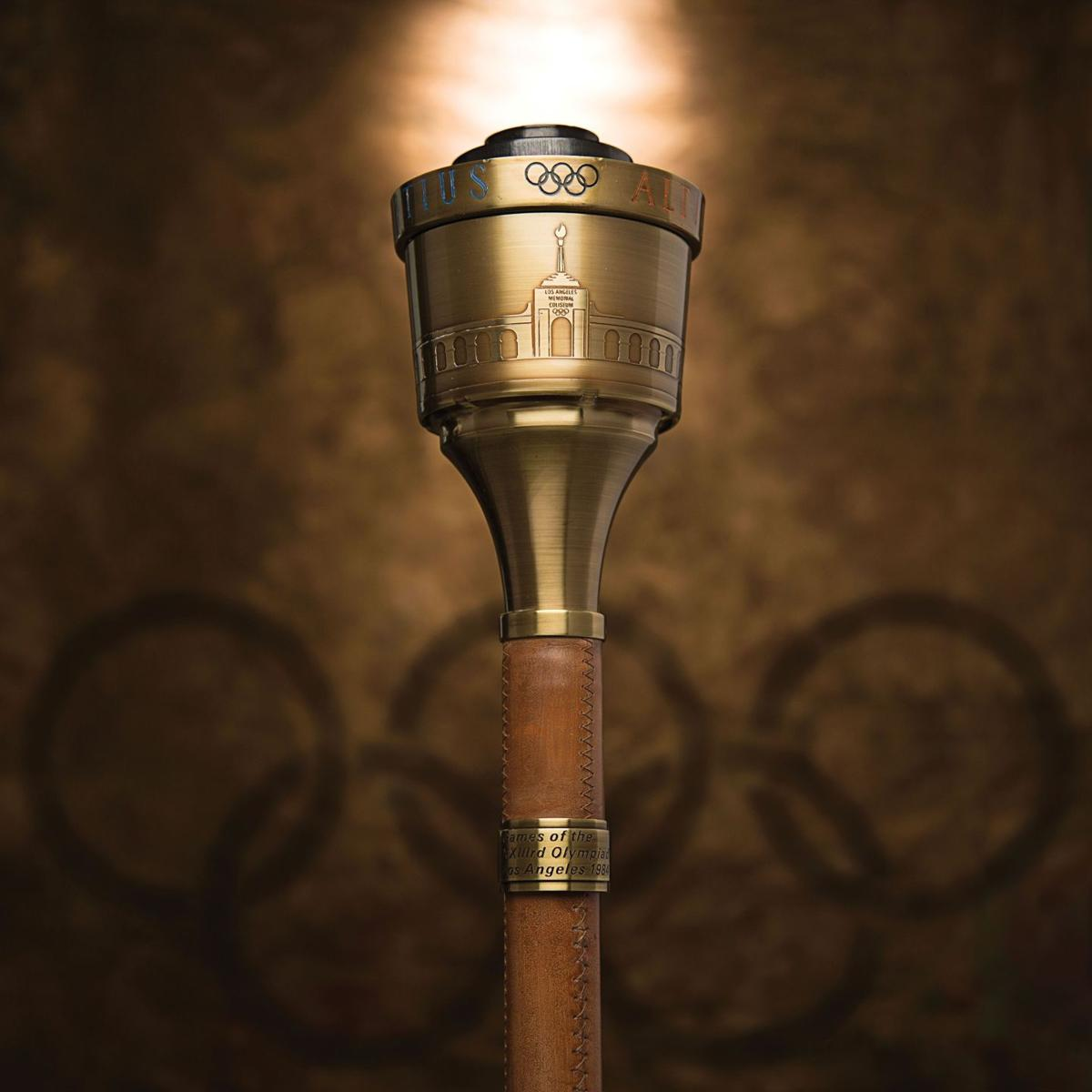 Jenner's Olympic Torch to be auctioned
