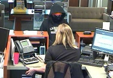 Charleston police release photo of suspect in James Island bank robbery