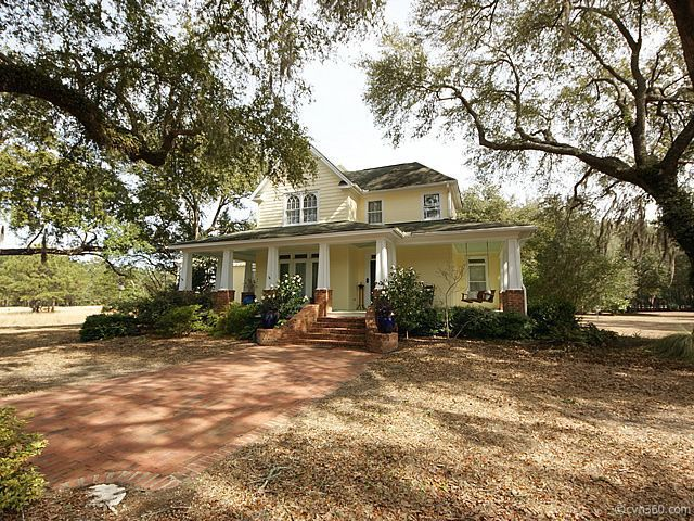 Gone Country: Home shoppers tap metro Charleston fringes and beyond to find acreage, dwellings miles from cities and suburbs