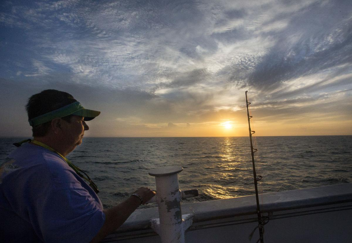 Gulf Stream Fishing01.JPG