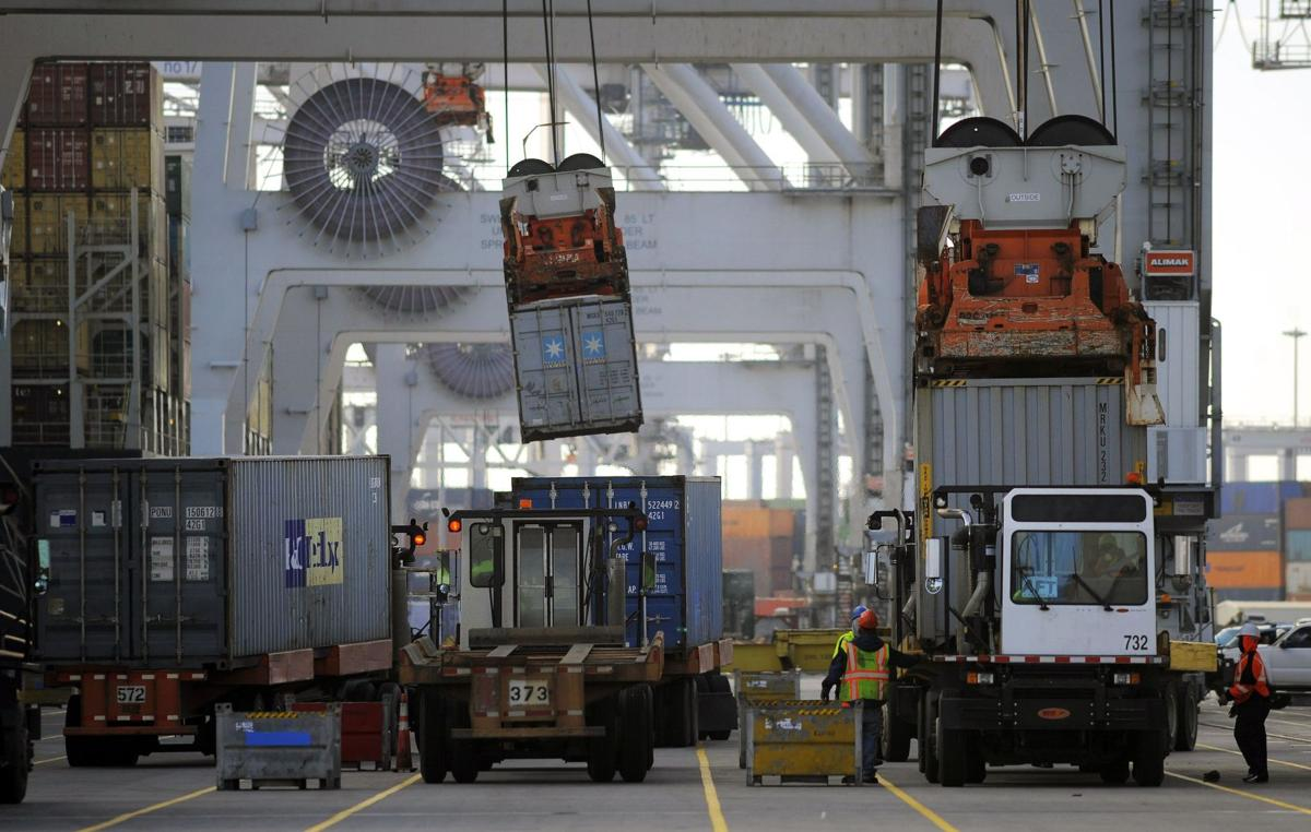 Savannah port moves a record 3.6M cargo containers