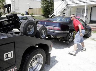 Repo Man Hunts Cars Paycheck