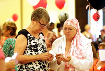 Cancer survivors rally at Susan G. Komen Lowcountry chapter's 2014 celebration