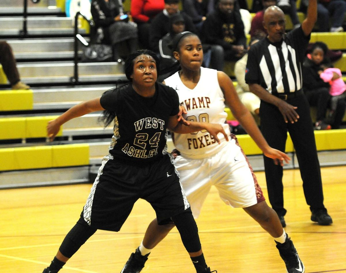 12 Lowcountry basketball players earn all-state honors