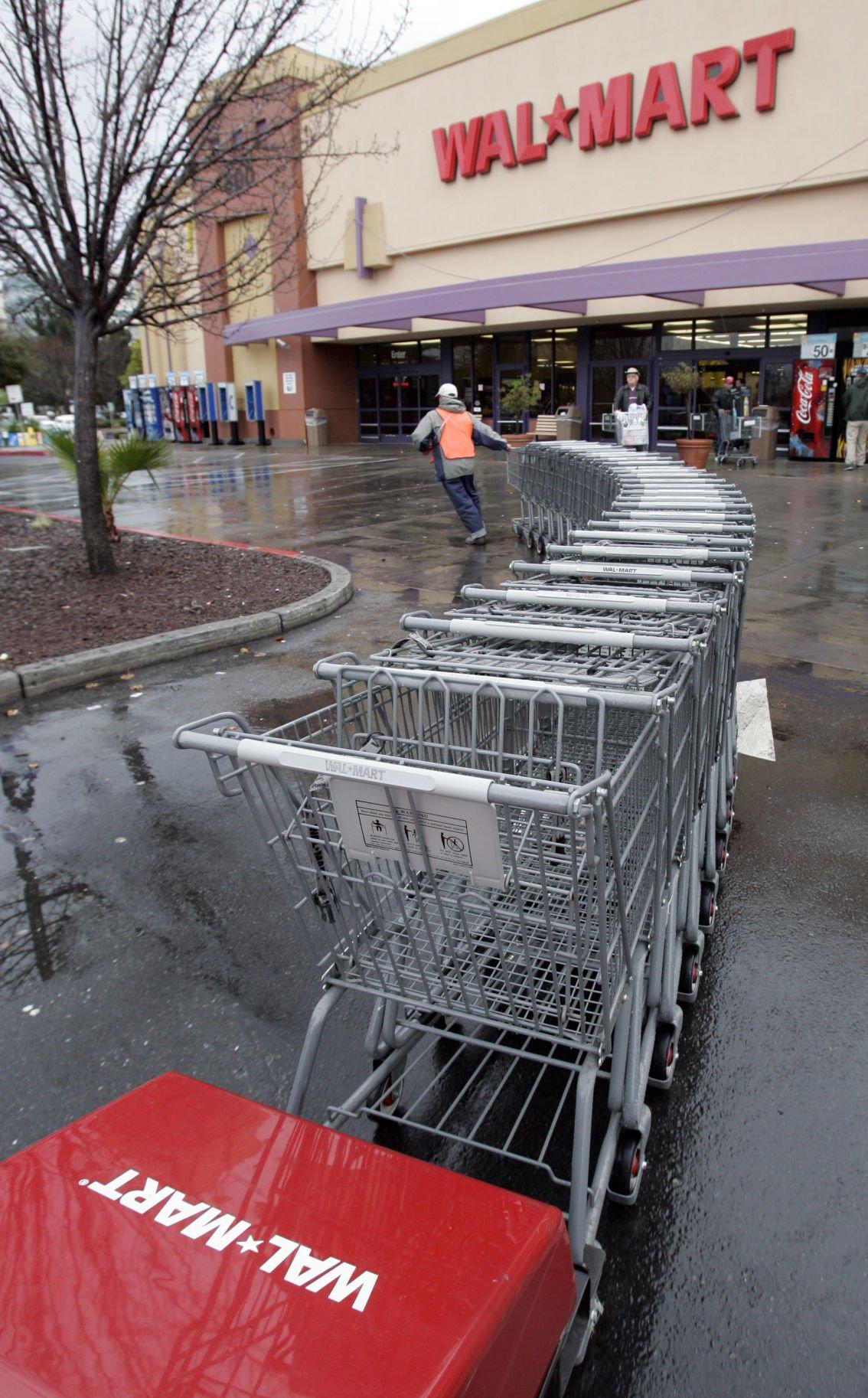 Wal-Mart's holiday hiring to be up slightly