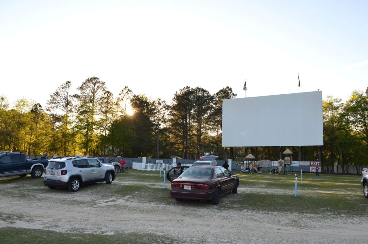 Movie drive-in reopens in time for weekend showings (copy) (copy)