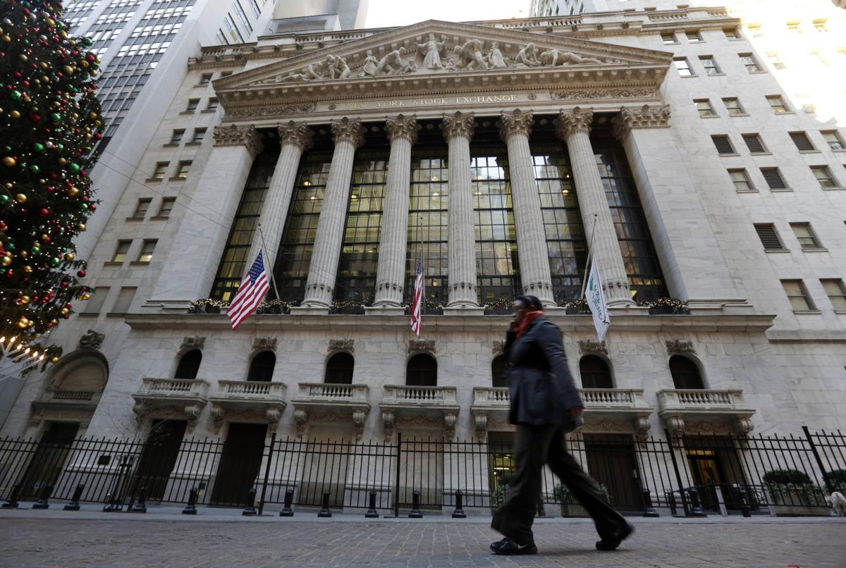 Stocks lose more than 1% on day of New York Stock Exchange outage