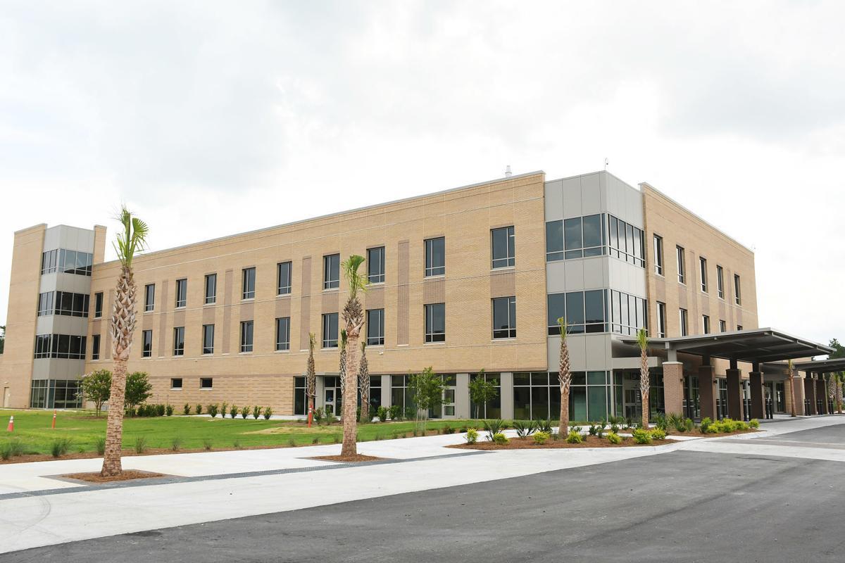 Roper St. Francis Berkeley Hospital nears opening day