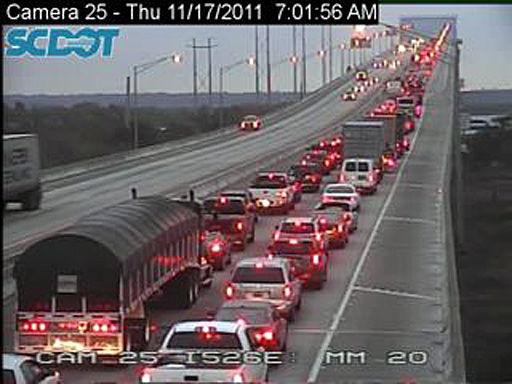 Traffic moving again after multiple wrecks on Don Holt Bridge