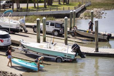 boats putting in.jpg (copy)