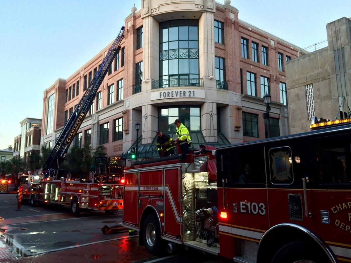 Fire damages Forever 21 on King Street