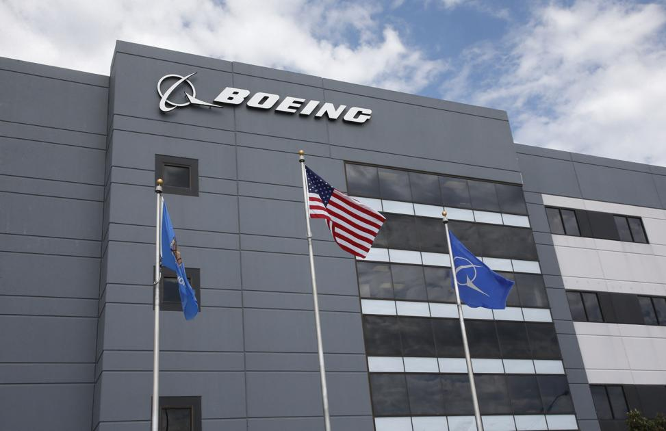 Boeing workers call out lack of diversity in leadership program
