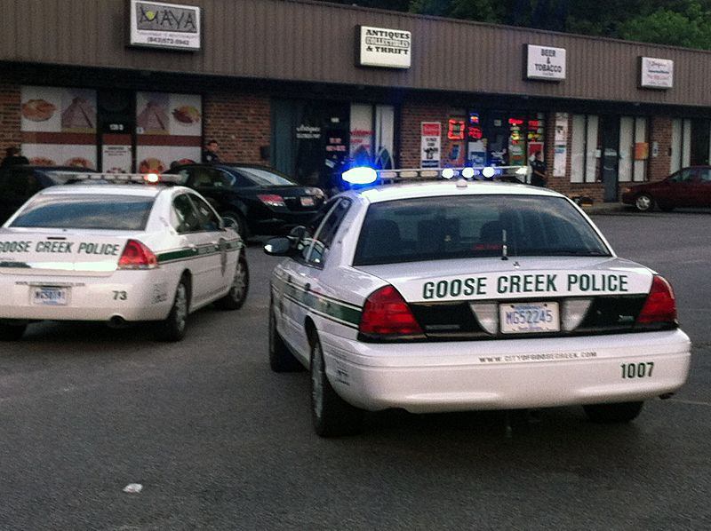 One man arrested in Goose Creek after robbery, hostage situation