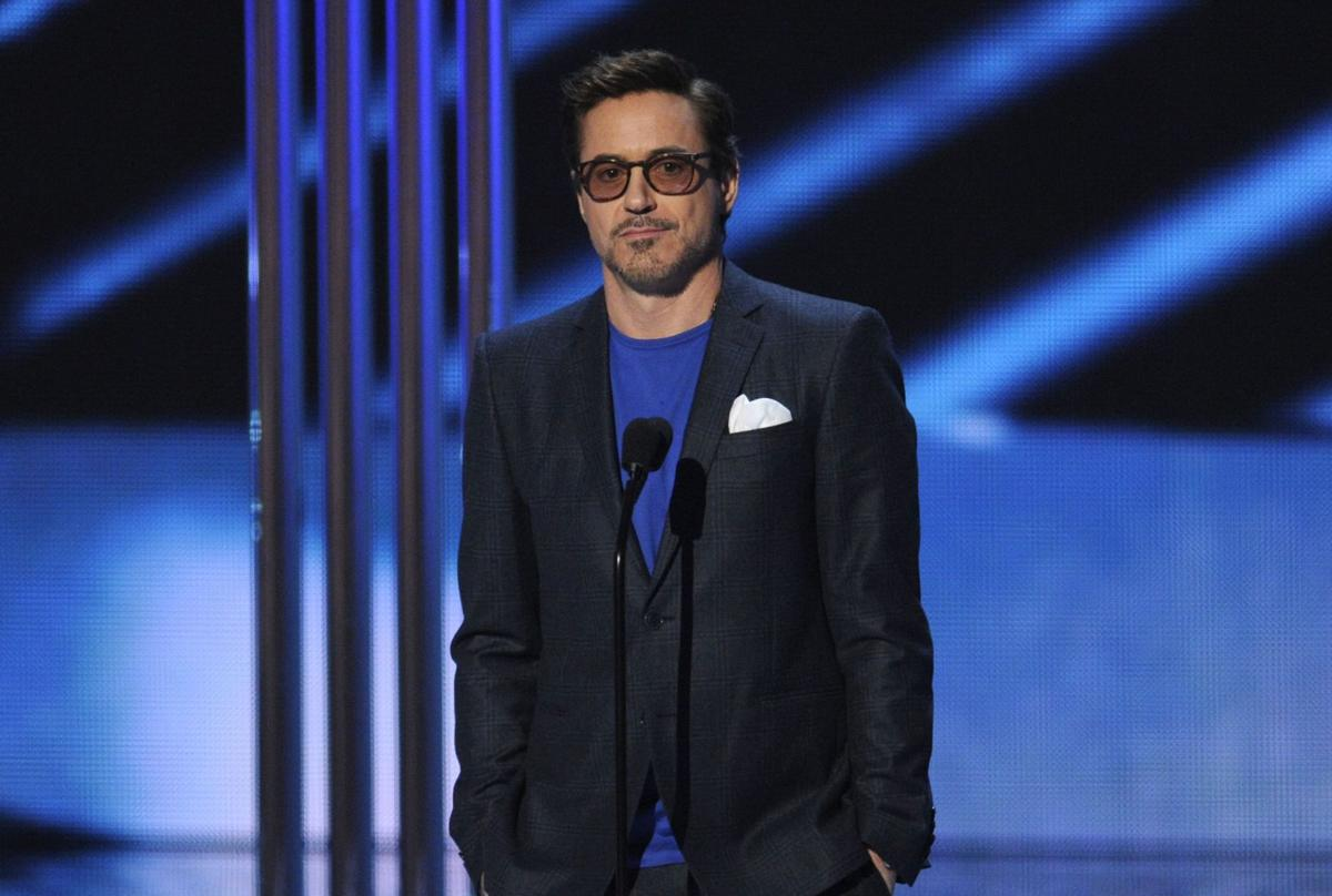 Robert Downey Jr., 'Big Bang' win big at People's Choice Awards
