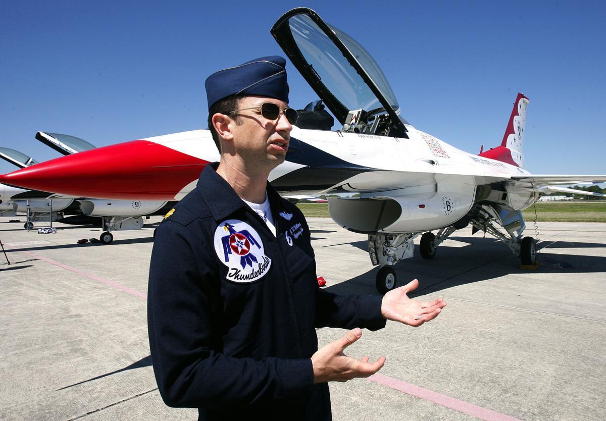Thunderbirds Arrive for Air Expo