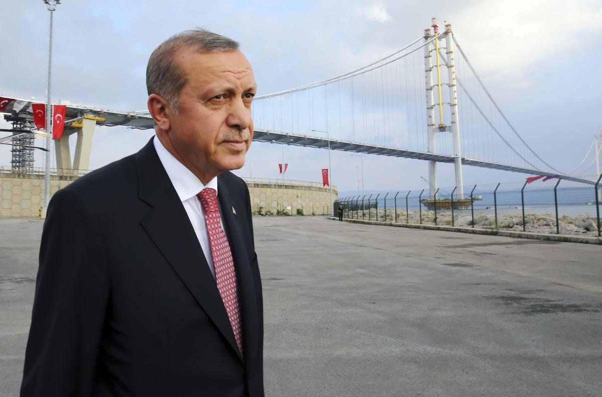 Turkey shows solidarity against terror