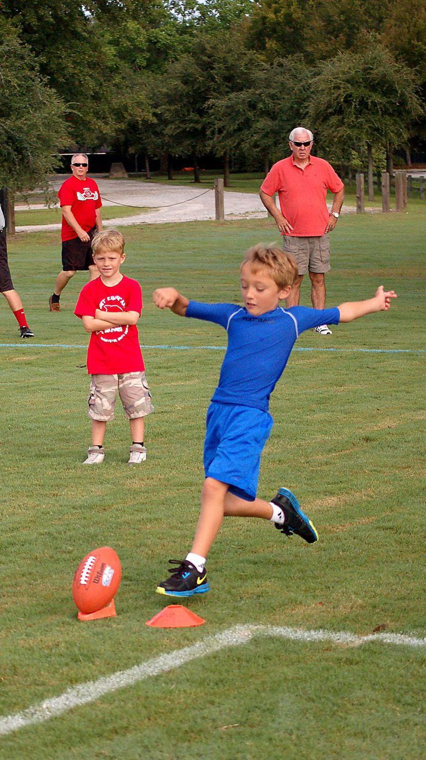 Punt, Pass, Kick contest begins