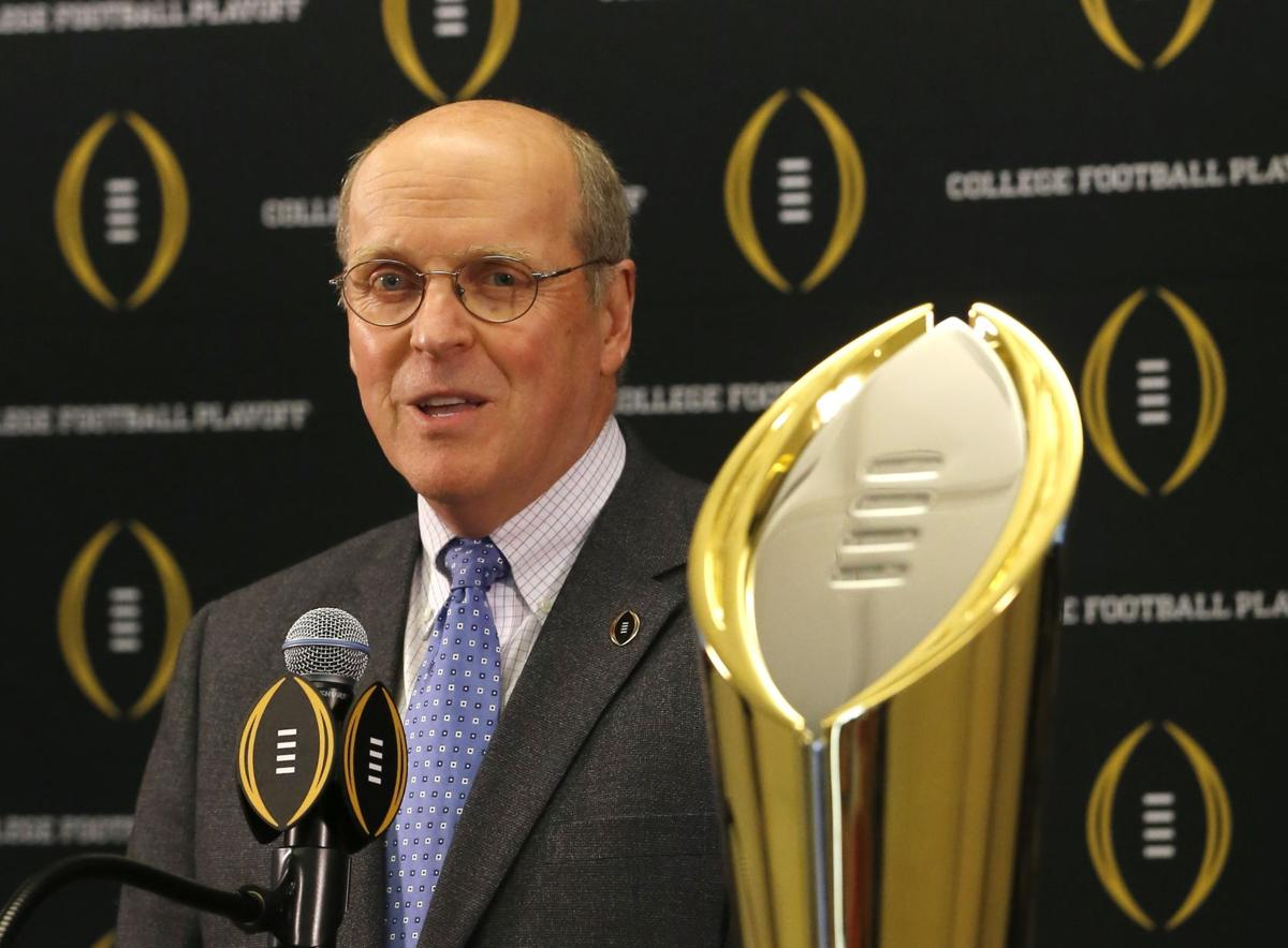 College Football Playoff to reevaluate semifinals on New Year's Eve