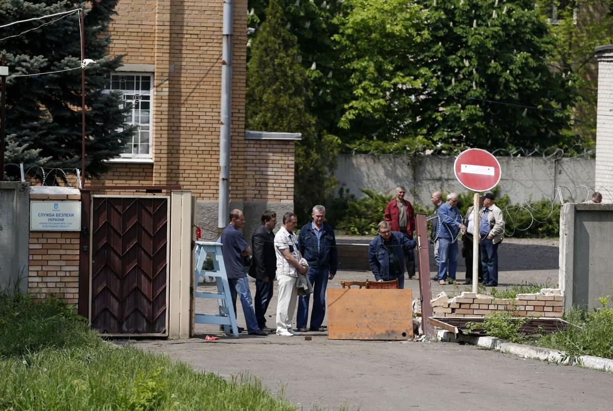 Ukraine sends elite force to key port of Odessa