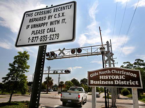 Railroad plans to fix crossing