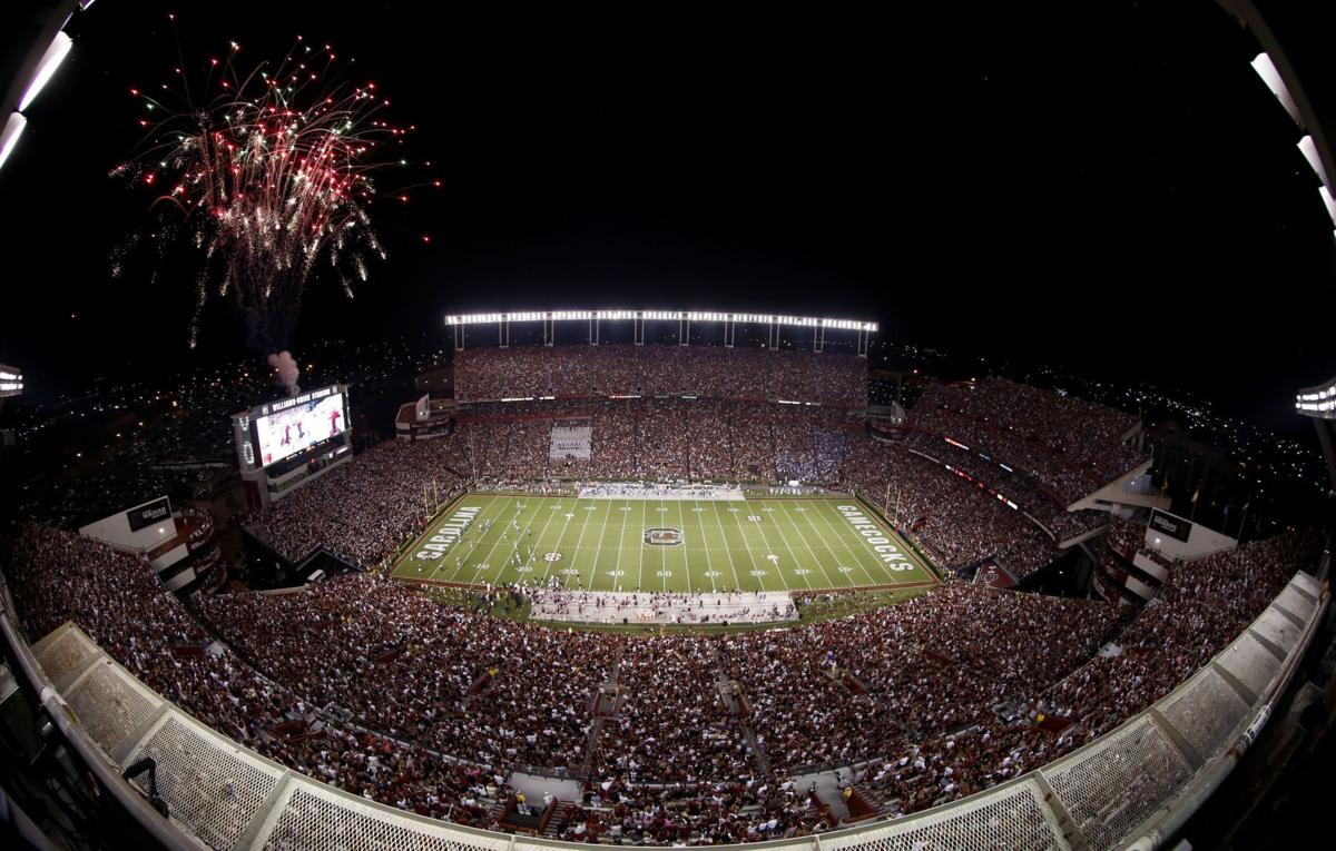 South Carolina football season tickets available to purchase for 2014 season