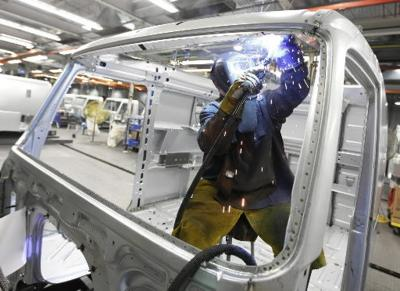 Factory activity grows at fastest pace in 7 years
